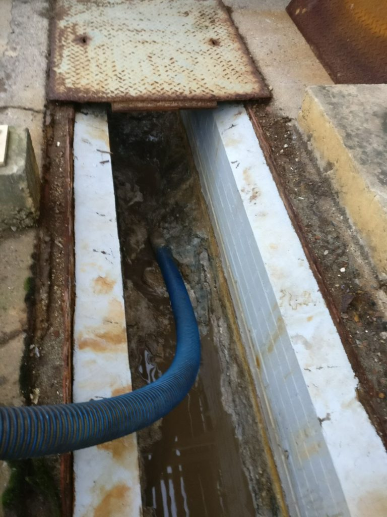 commercial drain clearing
